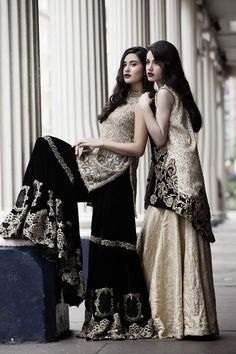 Saira Rizwan's take on winter luxury is precisely on point entwining luxe velvets with the romance of glamorous sheers in strict opulence. Rich gold brocade and heavy tilla thread work agains… Pakistani Wedding Outfits, Pakistani Dresses, Indian Dresses, Indian Outfits, Wedding Attire, Wedding Dress, Pakistani Couture, Pakistani Bridal, Pakistani Hair