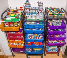 Have kids who got tons of LEGO's for Christmas, or just have a lot of them? Try this super easy and mobile LEGO brick storage idea is perfect for LEGO lovers. Plus it's a great way to finally get those LEGO's off your kitchen table!