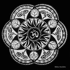 Poster Carré Mandala Noir & Blanc sur papier photo nacré. : Décorations murales par helenegondelle