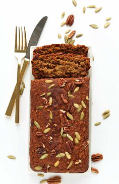 THE BEST Vegan Gluten Free Pumpkin Bread! 1 bowl, fast, SO delicious #vegan #glutenfree
