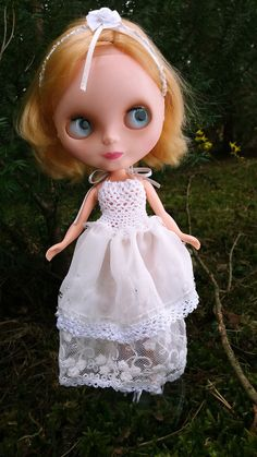 White DRESS for Blythe and Momoko dolls OOAK by ZomiDollClothes