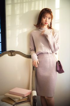 nanase nishino like Maxi Pencil Skirt, Pencil Skirt Outfits, Fashion News, Fashion Outfits, Womens Fashion, Japan Fashion, Office Outfits, Winter Fashion, Mini Skirts