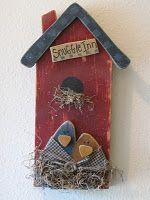 Simple Birdhouse with two cute prim birds cuddling