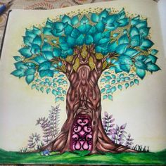 árvore - floresta encantada - enchanted forest - Johanna Basford - secret garden