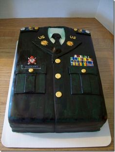 Class A Army Uniform WASC with raspberry filling covered in MMF. All medals and buttons are MMF covered in luster dust. Army Cake, Military Cake, Pretty Cakes, Beautiful Cakes, Amazing Cakes, Unique Cakes, Creative Cakes, Cupcakes, Cupcake Cakes