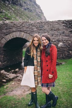 Gal Meets Glam Gap of Dunloe & Dingle - Julia - Serena & Lily dress, Dubarry sweater, scarf from Ireland, Hunter Boots; Carly - Burberry trench, Brooks Brothers dress
