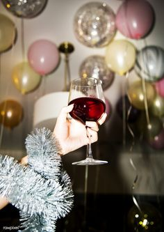 People celebrating in a party. Free image by rawpixel.com (for free image) Premium image by rawpixel.com (for premium image) Nye Party, Party Drinks, Animal Party, Party Animals, Birthday Balloons, Birthday Parties, New Years Countdown, People Having Fun, Glass Of Champagne