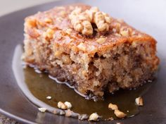 Walnut Cake with Warm Vanilla Honey Sauce Recipe from The Just Desserts Kitchen Food Cakes, Cupcake Cakes, Cupcakes, Snack Cakes, 13 Desserts, Walnut Cake, Greek Recipes, Greek Dessert Recipes, Greek Sweets