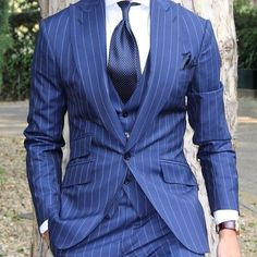 Top 5 Pinstripe Suits for Men – Men's Fashion Best Suits For Men, Cool Suits, Sharp Dressed Man, Well Dressed Men, Mens Fashion Suits, Mens Suits, Men's Fashion, Fashion 2018, Blue Pinstripe Suit