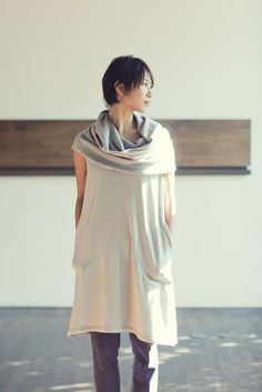 sleeveless, gorgeous light in this photo