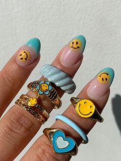 Nail Jewelry, Cute Jewelry, Jewlery, Funky Jewelry, Trendy Jewelry, Cute Acrylic Nails, Gel Nails, Acrylic Nails Yellow, Fimo Ring