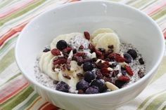 Overnight Superfood Bowl with Chia Seeds and Quinoa | The Full Helping