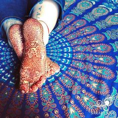 The unique bridal sole mehndi/henna designs are trending these days among Indian brides. We have curated some latest and unique bridal mehndi designs. These latest bridal foot mehndi/henna designs for the Indian wedding season.