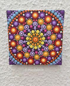 This is a gorgeous miniature painting- so vibrant, colourful and tactile mandala! Mini one of a kind acrylic dot art. Mandala Doodle, Mandala Canvas, Doodle Art, Dot Art Painting, Painting Patterns, Stone Painting, Mandala Painted Rocks, Mandala Rocks, Mandalas Painting