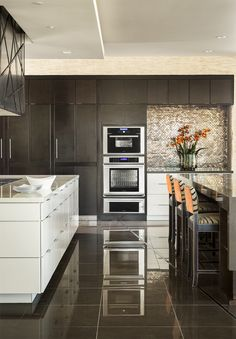 Time for a home kitchen renovation? Check out Thermador's One-Two-Free program at Abt. You can start building the kitchen of your dreams, without breaking the bank! Click through for more information.
