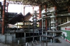 abandoned-russian-waterpark_2 - TheCoolist - The Modern Design Lifestyle Magazine