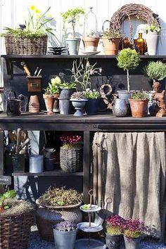 Rustic garden organization. #upcycle #repurposed #vintage