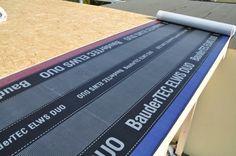 Dachpappe auf dem Carport-Dach verlegen