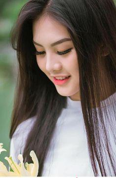 Bi che 'kem xinh', thi sinh Miss Teen tung anh ao dai dep me man - 2 Beautiful Girl Photo, Beautiful Hijab, Beautiful Asian Women, Cute Beauty, Beauty Full Girl, Beauty Women, India Beauty, Asian Beauty, Ao Dai
