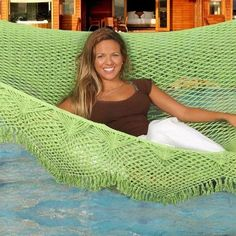 Summer Days: 12 Gorgeous Crochet Hammocks for Relaxation and Rejuvenation