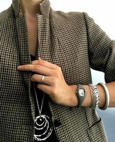JAKET STYLE Ring:Unoaerre/Necklace:1AR/Bangles:1AR/Easy Watch