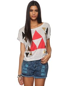 Yup. Totally just bought this cuz it looks like the triforce! Zelda ftw!