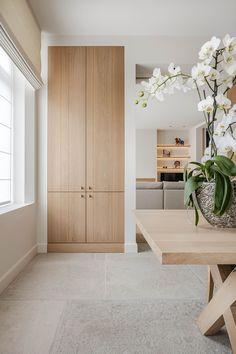 Living Room Interior, Home Interior Design, Interior Architecture, Hallway Inspiration, Interior Inspiration, Condo Decorating, Interior Decorating, Decorating Ideas, Minimal Home