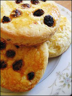 Samain:  #Soul #Cakes (history and recipe), for #Samain.