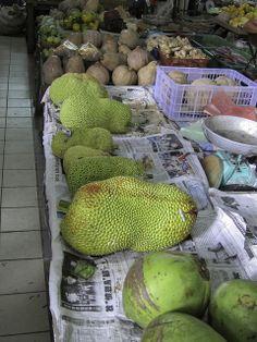 Jackfruits - Bidayuh-Markt in Serian - Sarawak, Borneo / Malaysia