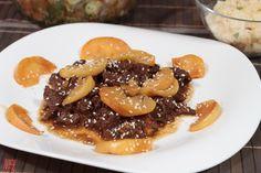 Almás-mazsolás marhahús tagine Waffles, French Toast, Breakfast, Food, Cilantro, Morning Coffee, Essen, Waffle, Meals