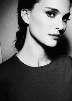 everlytrue:  [Natalie Portman, photographer unknown]