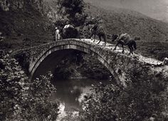 Bridge of Arta, Cham-Albanian crossing, Epirus, Greece (Fred Boissonas) Magnified Images, Byzantine Architecture, Greece Photography, White Photography, Frederic, Greek History, Athens Greece, Albania, The Good Old Days