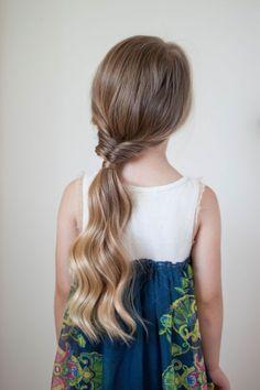 #Frisuren für Kinder 2018 Super Cute & Easy Frisuren für kleine Mädchen  #frisur #hair #hairstyle #Longbob #neu #kurze #Schöne #Einfach#Super #Cute #& #Easy #Frisuren #für #kleine #Mädchen