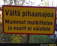 Aloittaa päiväsi hymy! Good Life Quotes, Best Quotes, Finland Culture, Le Pilates, Twisted Humor, Crazy People, Sarcastic Humor, Funny Photos, I Laughed