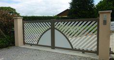 Portail coulissant Aluminium GYT. Modèle Palace personnalisable : coloris, forme, remplissage...