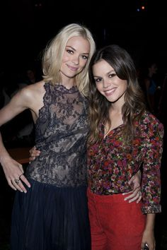 Sarah Michelle Gellar and Rachel Bilson at CW Summer TCA Party