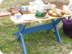 Clearwater Cottage: Collapsible Camp Table