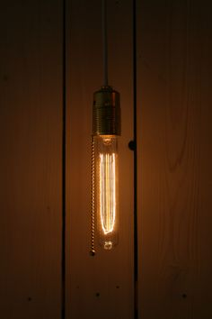 simple vintage lamp by luminis
