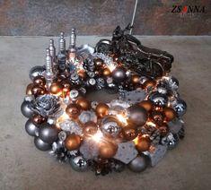 beépített micro LED-ekkel #motorbike #christmas #karácsony Ornament Wreath, Ornaments, Wreaths, Halloween, Christmas, Led, Home Decor, Xmas, Decoration Home