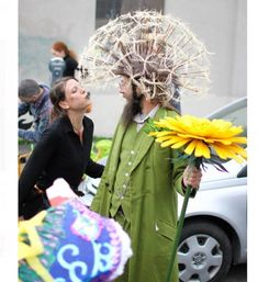 Make dandelion costume yourself - Karneval - Halloween Fete Halloween, Diy Halloween Costumes, Holidays Halloween, Cool Costumes, Halloween Crafts, Cosplay Costumes, Happy Halloween, Halloween Decorations, Science Costumes