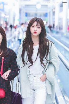 Pretty Asian, Beautiful Asian Girls, Cute Girl Pic, Cool Girl, Kpop Girl Groups, Kpop Girls, Girl Pictures, Girl Photos, Oh My Girl Yooa