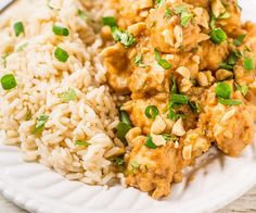 Slow cooker thai peanut chicken recipe main dishes with olive oil, boneless Slow Cooker Chicken Dishes, Slow Cooker Recipes, Crockpot Recipes, Cooking Recipes, Healthy Recipes, Healthy Soups, Chicken Meals, Slow Cooking, Thai Recipes