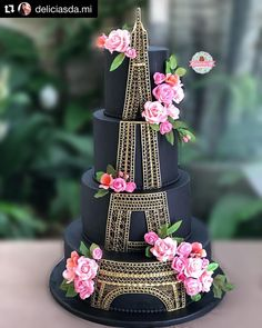 Eiffel Tower cake - black and gold cake Crazy Cakes, Crazy Wedding Cakes, Fancy Cakes, Cute Cakes, Pretty Cakes, Beautiful Cakes, Wedding Cupcakes, Creative Cake Decorating, Wilton Cake Decorating