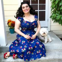 ❤️Can't wait to hang with my fluffy cutie tomorrow❤️ . 📸by my sweet hubby Dres Curvy Outfits, Hot Outfits, Curvy Girl Fashion, Pin Up Style, Modcloth, Retro Vintage, Pinup, Model, Bichon Frise