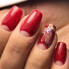 Фото маникюра на июнь 2017, маникюр лето 2017, весенний дизайн ногтей, летний маникюр 2017, маникюр с цветами, дизайн ногтей хлопьями юки, стильный маникюр