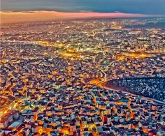 15-Amazing-Cities-Around-The-World-Viewed-From-High-Above-13. I like the colours. Istanbul at night by Hakki Aydin Ucar