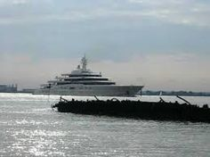 Teuerste yacht der welt abramowitsch  The Hongqi L5 is the most expensive Chinese car you can buy | Ali ...