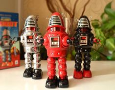 Cheap clockwork robot, Buy Quality retro tin toys directly from China tin toys Suppliers: Clockwork classic retro tin toys Robbie rare clockwork robot Collection Classic Ro, Tin Toys, Robot, Auction, Collection, Hobbies, Range, Children, Products