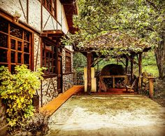 Foto: abecuador.com #Ecuador #architecture #interiordesign #interior #decor #wooddesign #homedesign #home #vacationhome #house #vilcabamba #Malacatos #Loja #furniture #Oven #forno #rustic #rusticHome #rusticdecor #rustico #hornodebarro #fornoalegna #forno by suadesign http://discoverdmci.com