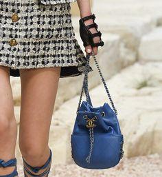 Chanel-Blue-Gabrielle-Purse-Bag-Cruise-2018-e1493847506656.jpg (835×910)